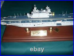 1700 scale uss siapan display lha2. Museum quality 1rst production run, rare