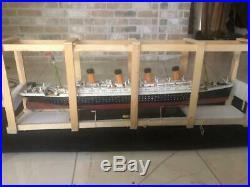 40' Titanic Model With Lights