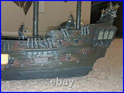 Collectible Black Pearl Pirate Model Ship