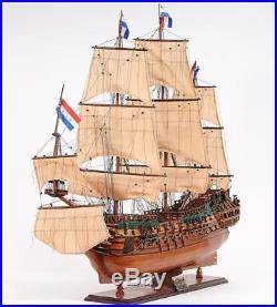 Model Ship Friesland Boats Sailing Western Red Cedar Wood Base 100% Linen