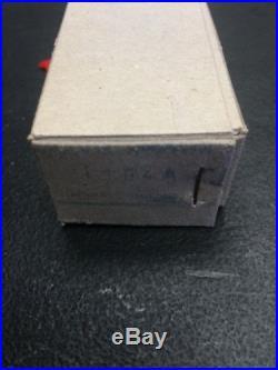 NAVIS-NEPTUN NM-1104A VALIANT 11250 SCALE MODEL SHIP