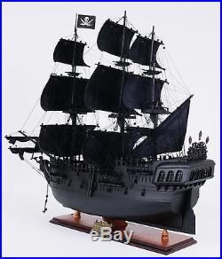 Old Modern Handicrafts Black Pearl Pirate Model Ship Medium L60