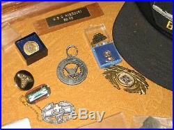 USS Missouri BB-63 WW2 Battleship Model /Original memorabilia medals patches hat