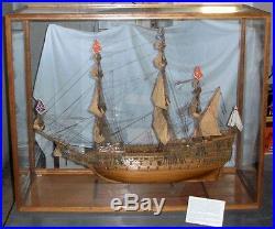 Vtg built tall ship model Sovereign of the Seas withdisplay case Mantua Sergal
