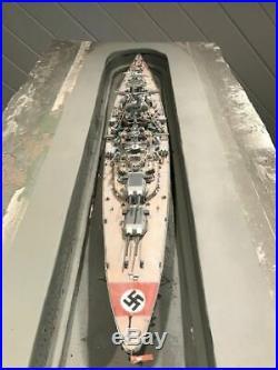 Ww2 model ships DKM BIZMARCK, 1/350 scale by Tamiya, pls read description belo