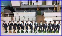 YANGTZE RIVER (China) Gunboat, withBRITAINS Sailors Set #2080 & part #1510